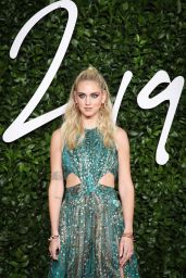 Chiara Ferragni – Fashion Awards 2019 Red Carpet in London