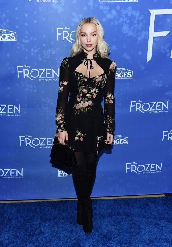 """Dove Cameron - """"Frozen"""" Premiere at the Hollywood Pantages Theatre in Hollywood"""