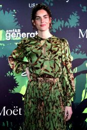 Hilary Rhoda – amfAR GenerationCURE Holiday Party in NYC 12/10/2019