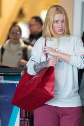 Iggy Azalea - Arriving at JFK Airport in NYC 12/25/2019
