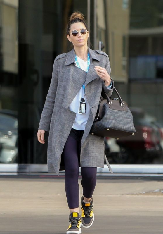 Jessica Biel - Leaves an Office Building in LA 12/17/2019