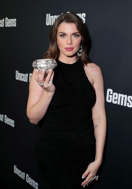 "Julia Fox – ""Uncut Gems"" Premiere in Hollywood"