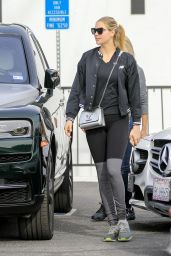Kate Upton in Workout Gear 12/21/2019