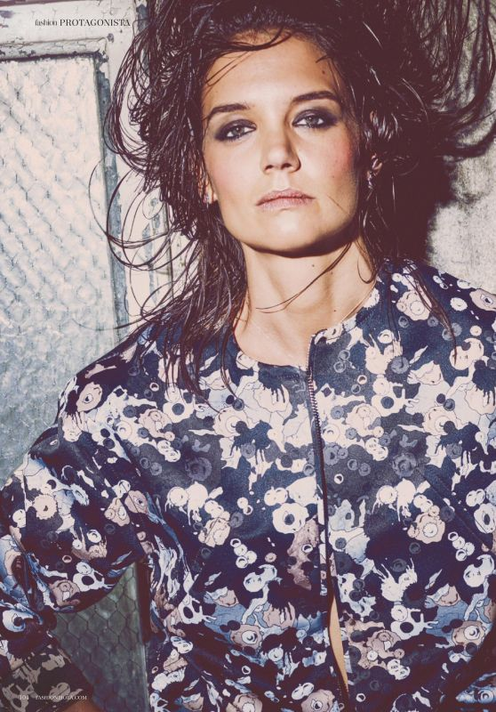Katie Holmes - Hola Fashion January 2020 Issue
