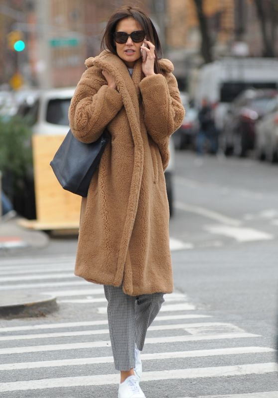 Katie Holmes in a Faux Fur Coat and Checked Trousers - Out in NYC 12/06/2019