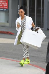 Kelly Rowland - Shopping in Beverly Hills 12/21/2019
