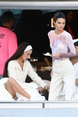 Kendall Jenner and Bella Hadid - David Grutman's Yacht in Miami 12/04/2019