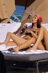 Kendall Jenner and Bella Hadid in Bikinis - Beach in Miami 12/04/2019