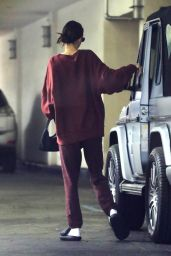 Kendall Jenner - Leaving Her Dermatologist Office in Beverly Hills 12/01/2019