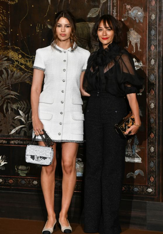 Kenya Kinski-Jones and Rashida Jone – Chanel Metiers D'Art 2019/2020 Show in Pariss