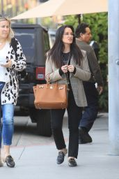 Kyle Richards - Christmas Shopping in Beverly Hills 12/16/2019