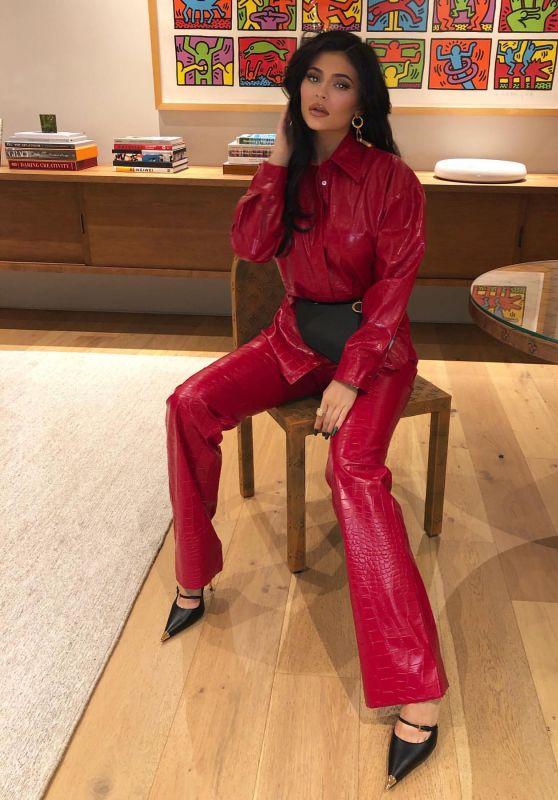 Kylie Jenner - Social Media 12/28/2019