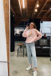 Lauren Orlando – Social Media 12/24/2019