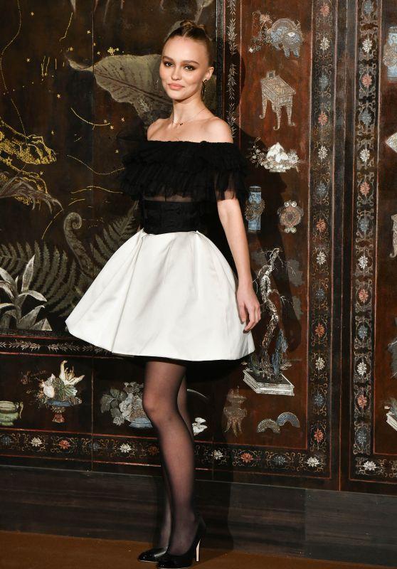 Lily-Rose Depp – Chanel Metiers D'Art 2019/2020 Show in Paris