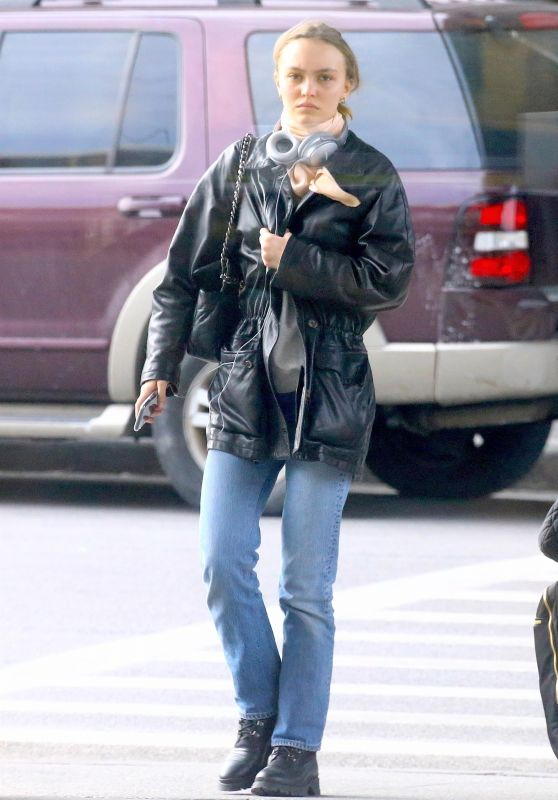 Lily-Rose Depp - JFK Airport in New York City 12/06/2019