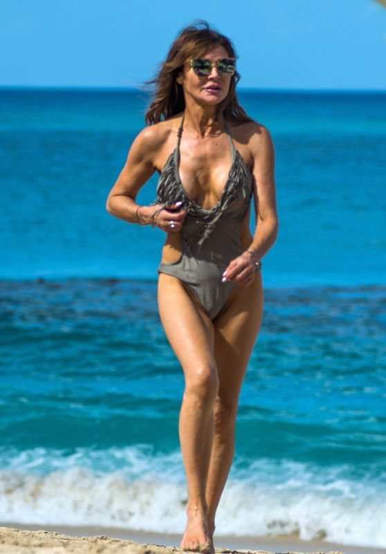 Lizzie Cundy in a Swimsuit - Barbados 12/29/2019