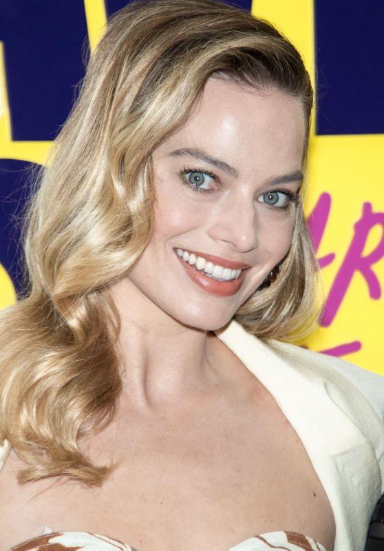 "Margot Robbie - ""Birds of Prey"" Press Conference in Sao Paulo"