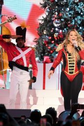 "Mariah Carey - ""All I Want For Christmas Is You"" in NYC 12/15/2019"