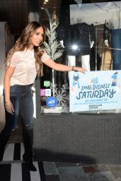 Melissa Gorga – Holiday Shopping 11/30/2019