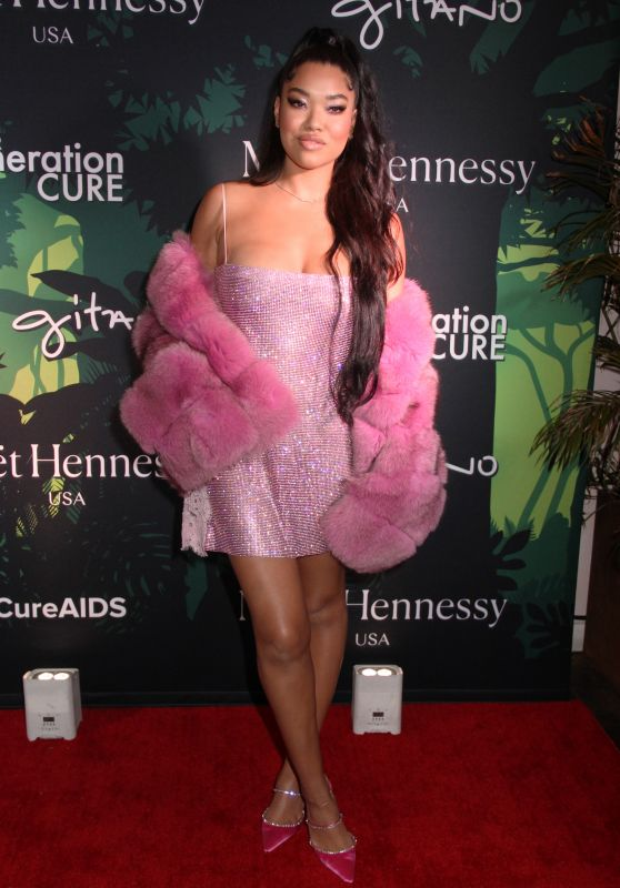 Ming Lee Simmons – amfAR GenerationCURE Holiday Party in NYC 12/10/2019
