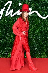 Noomi Rapace – Fashion Awards 2019 Red Carpet in London