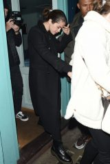 Selena Gomez - Y Ming Chinese Restaurant in London 12/10/2019
