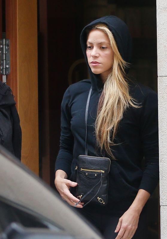 Shakira - Leaving a Beauty Salon in Barcelona 12/12/2019