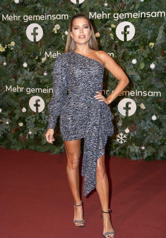 Sylvie Meis - Facebook Christmas Concert in Hamburg 09/12/2019
