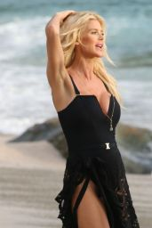 Victoria Silvstedt -Photoshoot on the Beach in St. Barth 12/29/2019