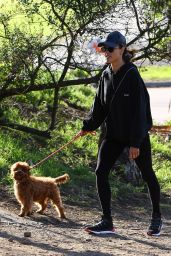Alessandra Ambrosio - Hiking in Pacific Palisades 01/23/2020