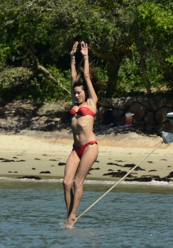 Alessandra Ambrosio on Motorboat Ride in Florianópolis 01/05/2020