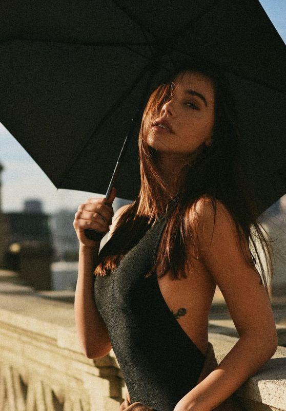 Alexis Ren – Photoshoot January 2020 (Part II)