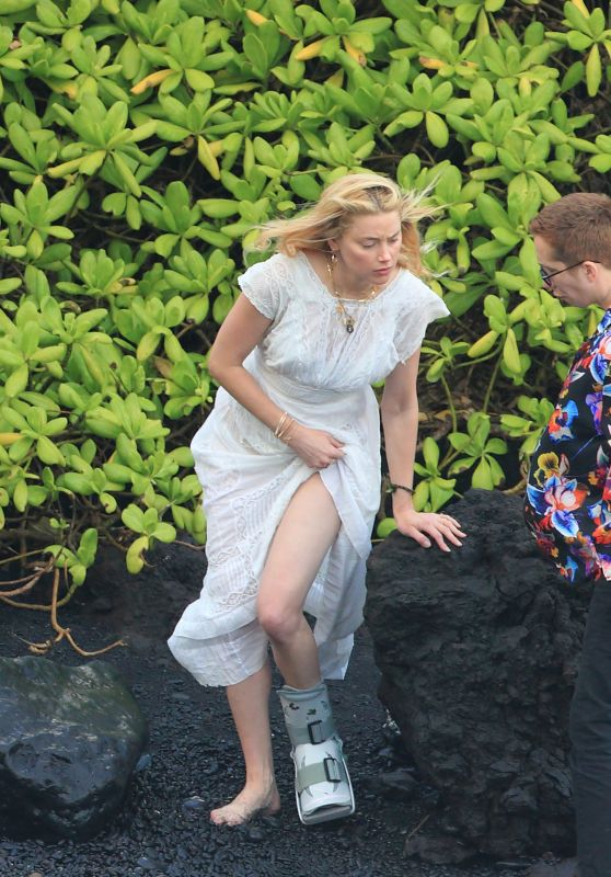 Amber Heard - Out in Hawaii 01/03/2020