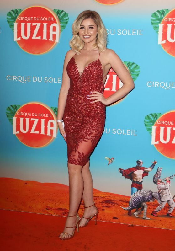Amy Hart – Cirque Du Soleil LUZIA Premiere in London