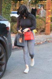Ariel Winter Booty in Tights - Outside Nine Zero One Salon in West Hollywood 01/14/2020