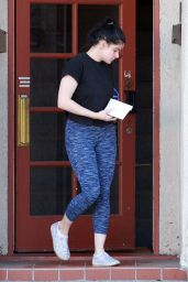 Ariel Winter - Leaves Her Acting Class in Los Angeles 01/23/2020