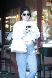 Ariel Winter - Out in Los Angeles 01/13/2020