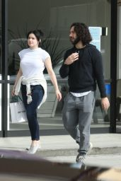 Ariel Winter - Out in Studio City 01/19/2020