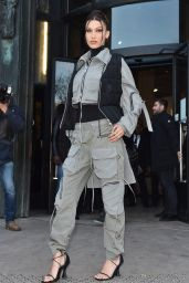Bella Hadid - Arrives at the Palais De Tokyo for Mens Fashion Week 2020 in Paris 01/16/2020