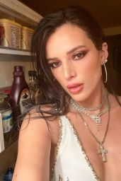 Bella Thorne - Social Media 01/09/2020