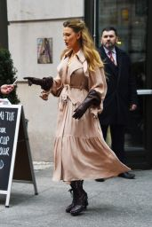 Blake Lively Style - Leaving the Crosby Hotel in New York 01/27/2020