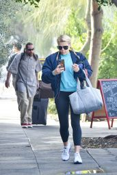 Busy Philipps in Casual Outfit - Los Angeles 01/27/2020