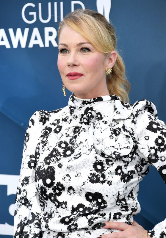Christina Applegate – Screen Actors Guild Awards 2020