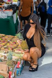 Claudia Romani - Out in South Beach 01/21/2020