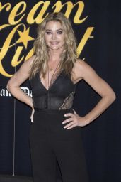 """Denise Richards - """"Glow and Darkness"""" Photocall in Madrid"""