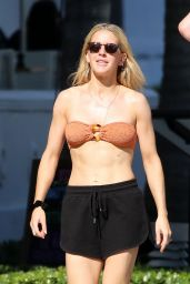 Ellie Goulding in a Bikini Top in Miami, January 2020