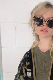 Emily Alyn Lind - Social Media 01/19/2020