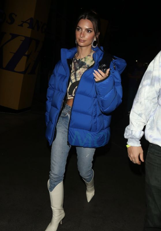 Emily Ratajkowski - Leaving Basketball Game in LA 01/13/2020