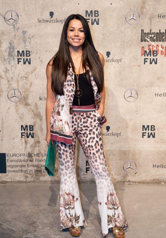 Fernanda Brandao - MBFW Opening Ceremony in Berlin 01/13/2020