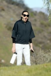 Gal Gadot in Tights - Takes a Hike in LA 01/07/2020